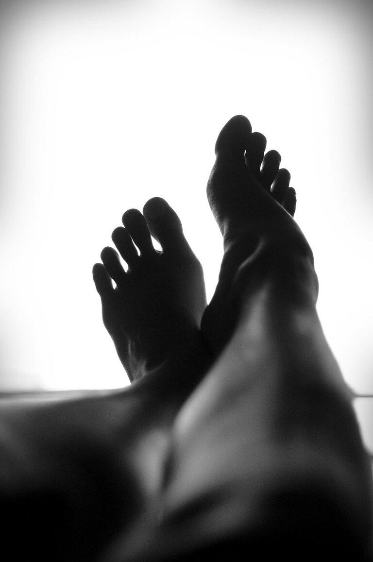 pedicure, feet, legs